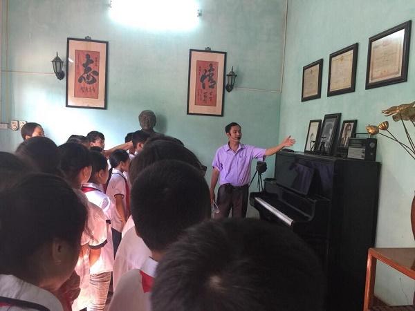 Trường tiểu học Kẻ Sặt, Bình Giang, Hải Dương tổ chức tốt hoạt động trải nghiệm sáng tạo cho học sinh